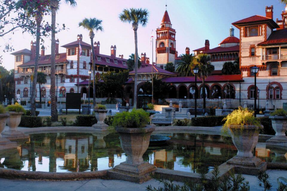 ponce-de-leon-hotel-flagler-college-landmark-small-colleges
