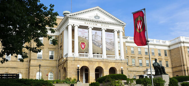 University of Wisconsin - 30 Online Bachelor's in Political Science