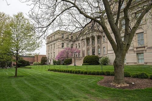 university-of-iowa-online-bachelors-degrees-in-finance