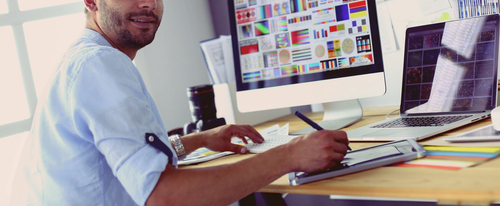 What Do You Study in an Online Graphic Designer Bachelor's Degree Program?